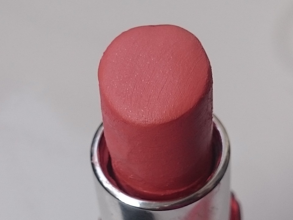 8708dd46b Maybelline Colorshow Creamy Matte Lipstick Peach Personality M303    Swatches   Review - High On Gloss